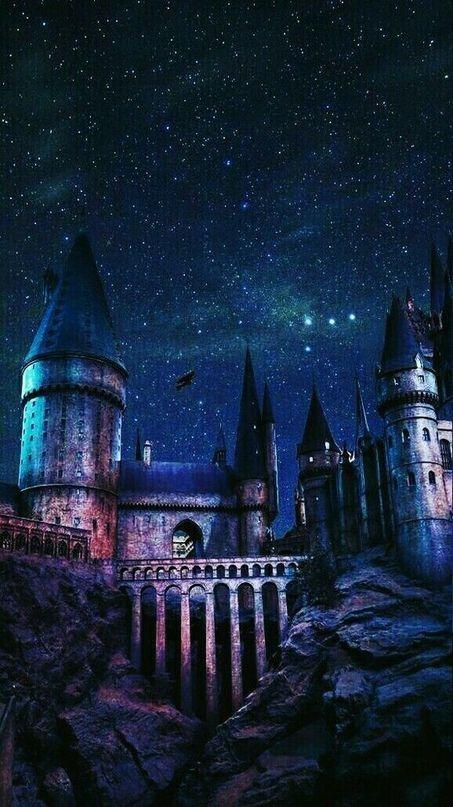 Iphone Wallpaper Lock Screen Background Tumblr Wallpaper Iphone Android Ba Wallpapers De Filmes Cartaz Harry Potter Castelo De Hogwarts