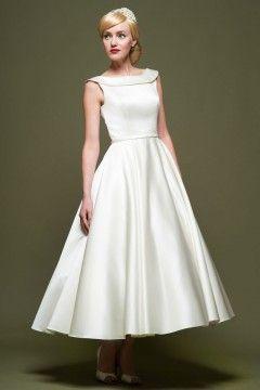 2c336bad961 Belle Robe de mariée vintage Satin Courte A-ligne Bateau année 50 ...