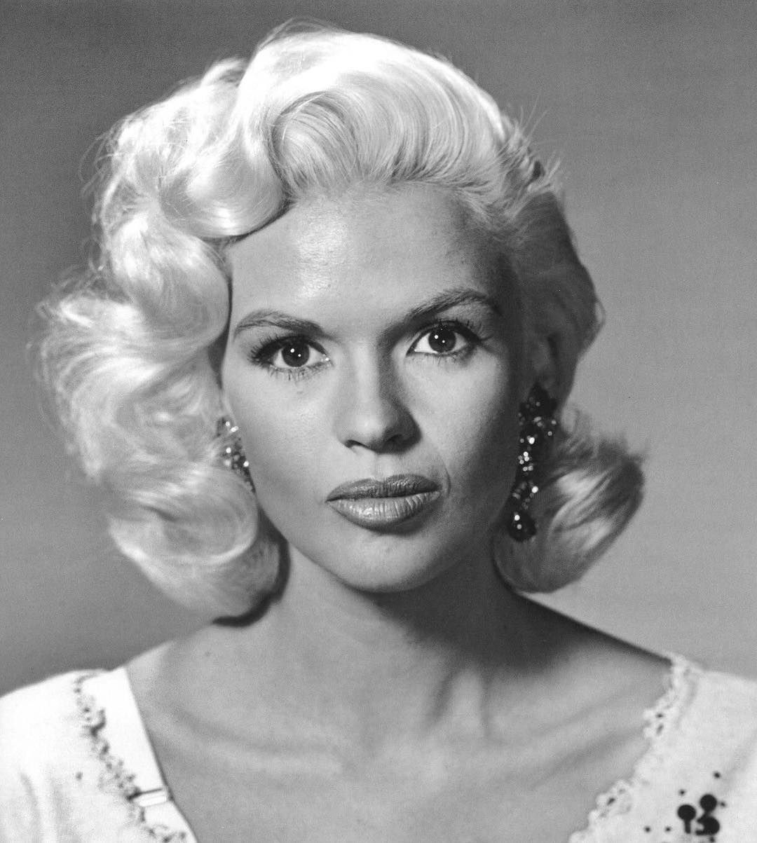 Watch Why Jayne Mansfield Is My Unexpected StyleIcon video