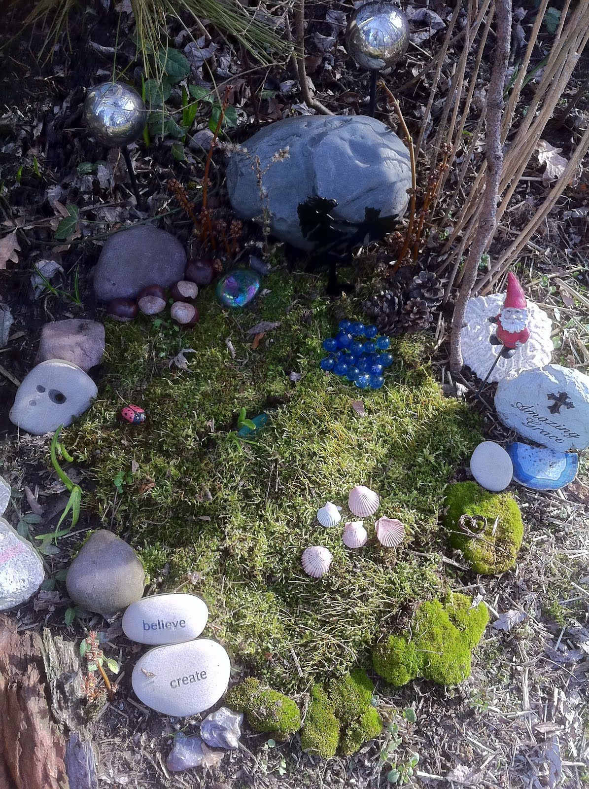 Things To Put In A Fairy Garden What Great Addition Any Click For More And Gnome Selections