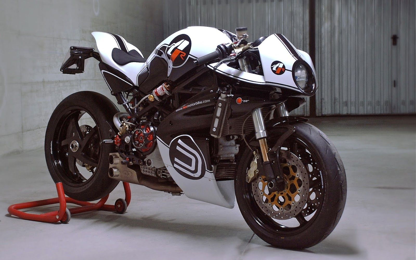 "special ducati monster s4r - ms4r ""tex evolution""paolo tesio"