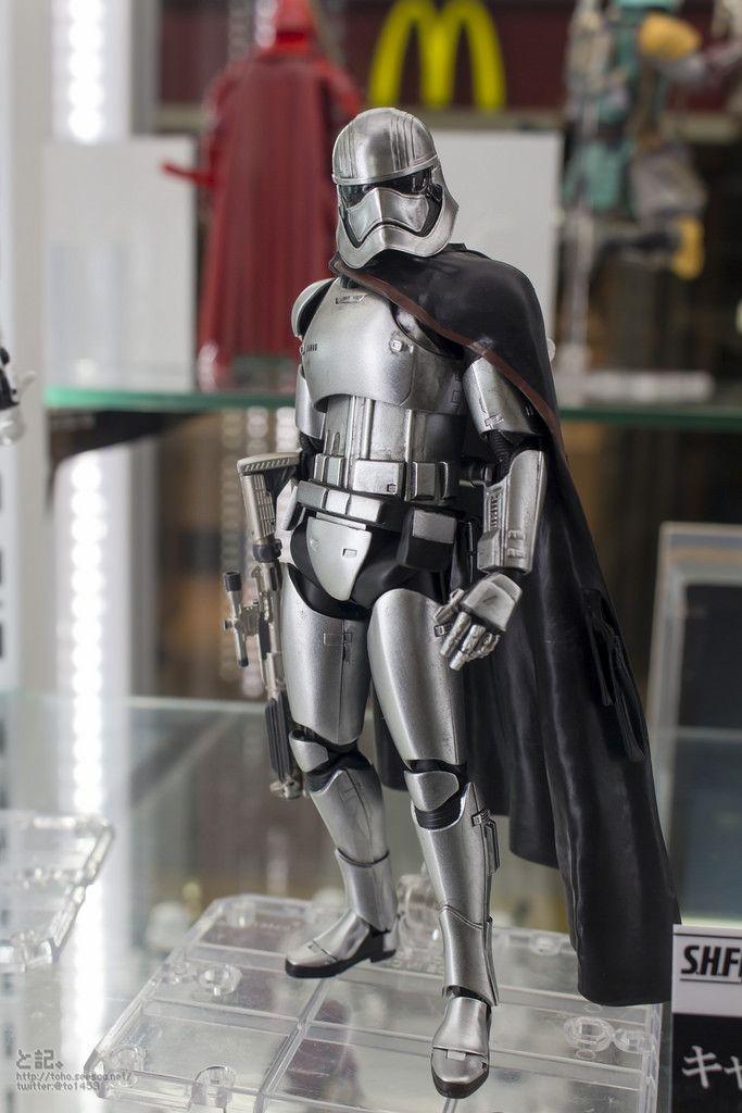 SH S.H Figuarts Captain Phasma The Force Awakens Star Wars Bandai NEW ***