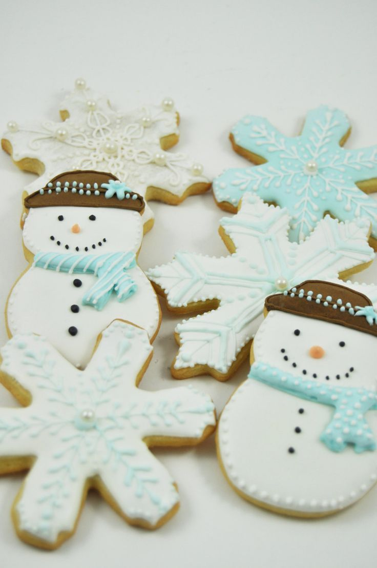 Winter Wonderland Snowflake And Frosty The Snowman Christmas Cookies