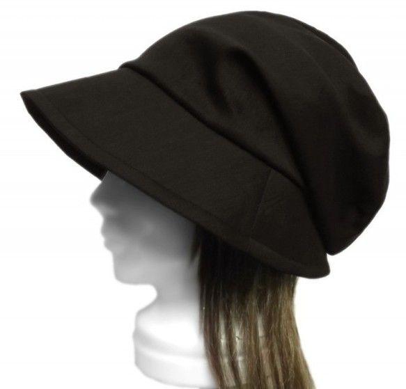 【おすすめポイント】・オリジナルデザインの女優帽子・自然で柔らかな風合いのハーフリネン・深めに被れるふんわりしたトップと、顔を包むような広めで下向きのツバは小...|ハンドメイド、手作り、手仕事品の通販・販売・購入ならCreema。