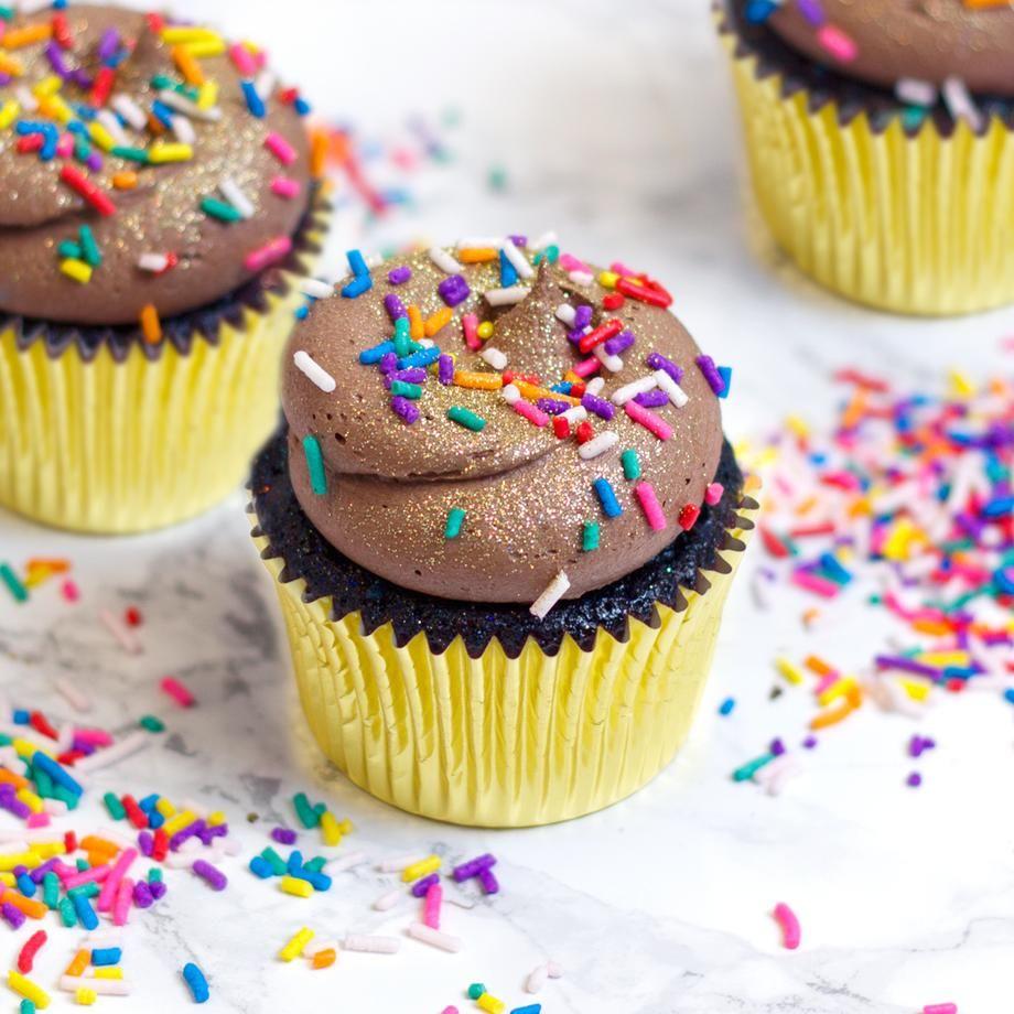 Vegan Cupcakes Vegan Cupcakes London Delivery Flavourtown Bakery In 2020 Vegan Cupcakes Vegan Chocolate Cupcakes Vegan Vanilla Cupcakes