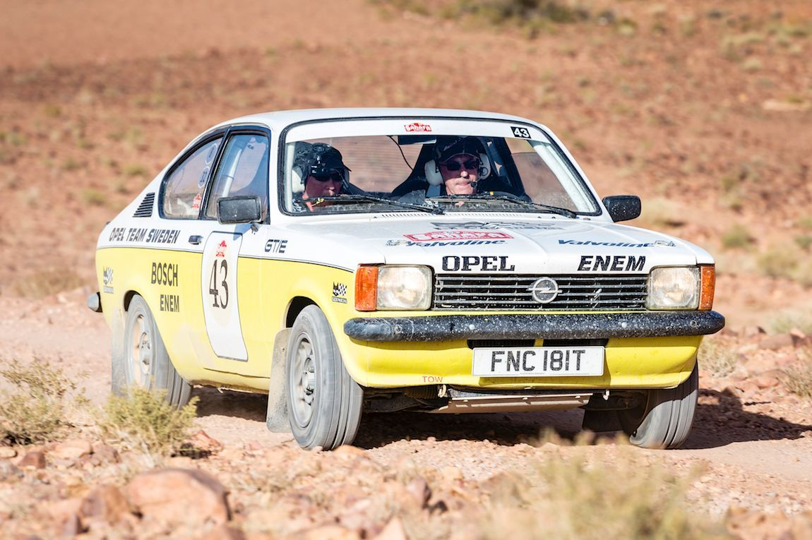 Bburago no 9119 opel kadett c coupe rally in weiss mit startnummer 9 1 24 ovp 1 24 german cars diecast pinterest coupe and diecast