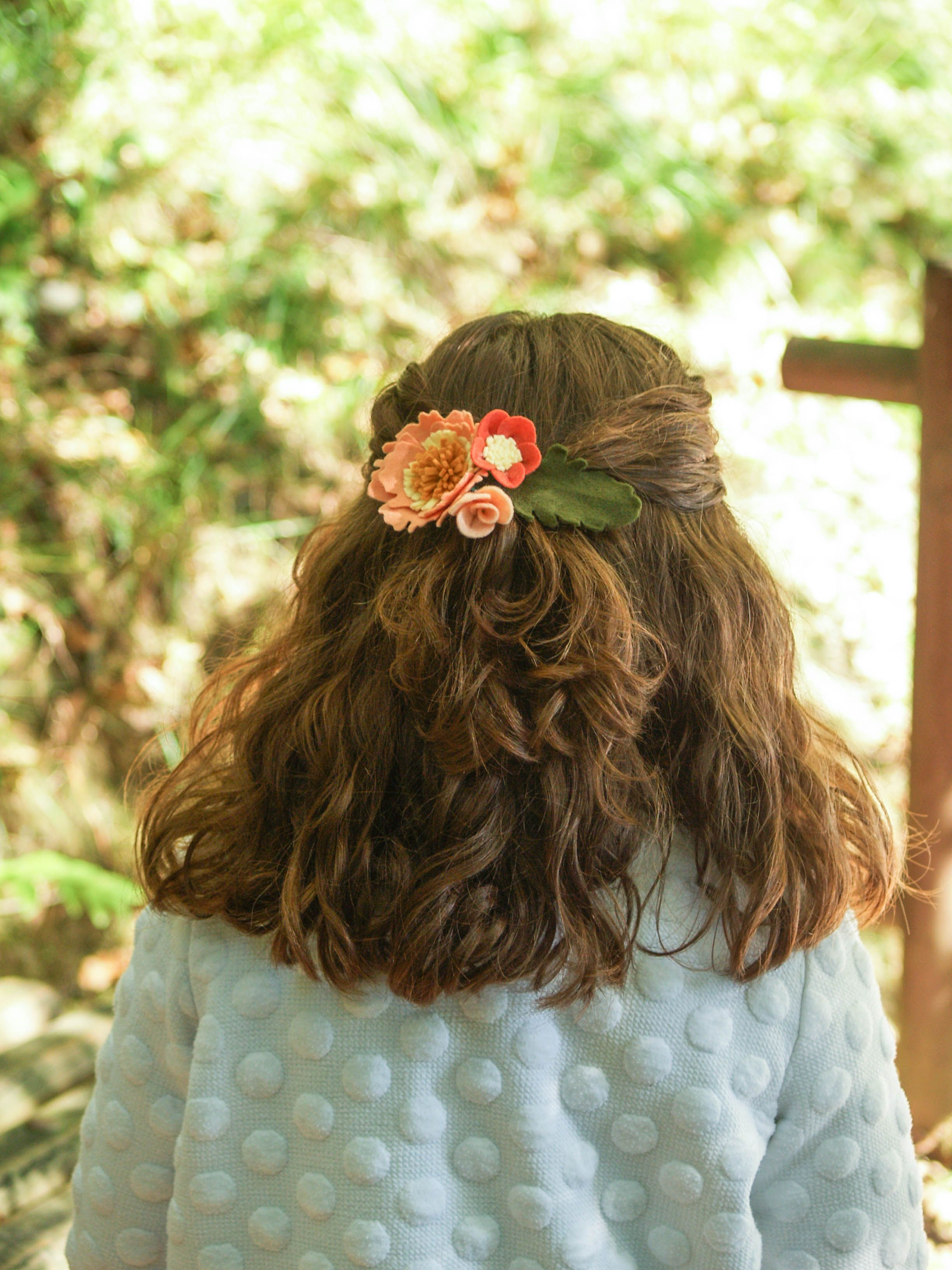 8d1faaed0 Pasador de flores salmón y naranja para niña, pasador para pelo, gancho para  el
