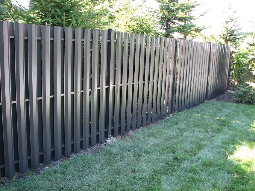 Aluminum And Vinyl Privacy Fencing Easy To Install