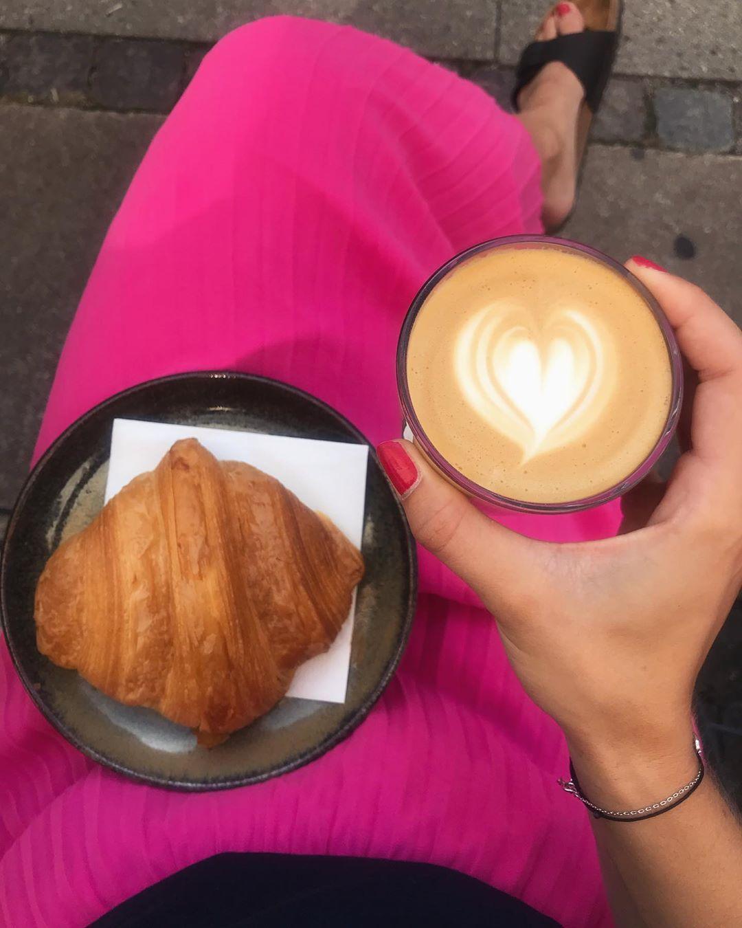 Coffee break in Copenhagen jak bude coffee break vypadat v Anglii v gumkch, pltnce a rozhodn ne venku......#coffeebreak