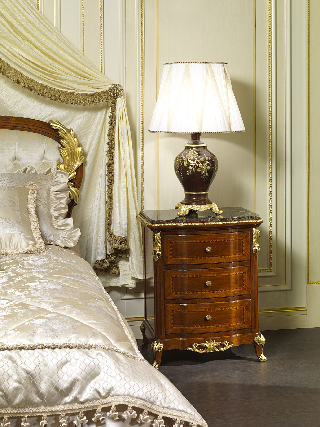 Classic bedside table - Classic Bedside Table Luxury Collection Louis Xv Of France Of The Artisan