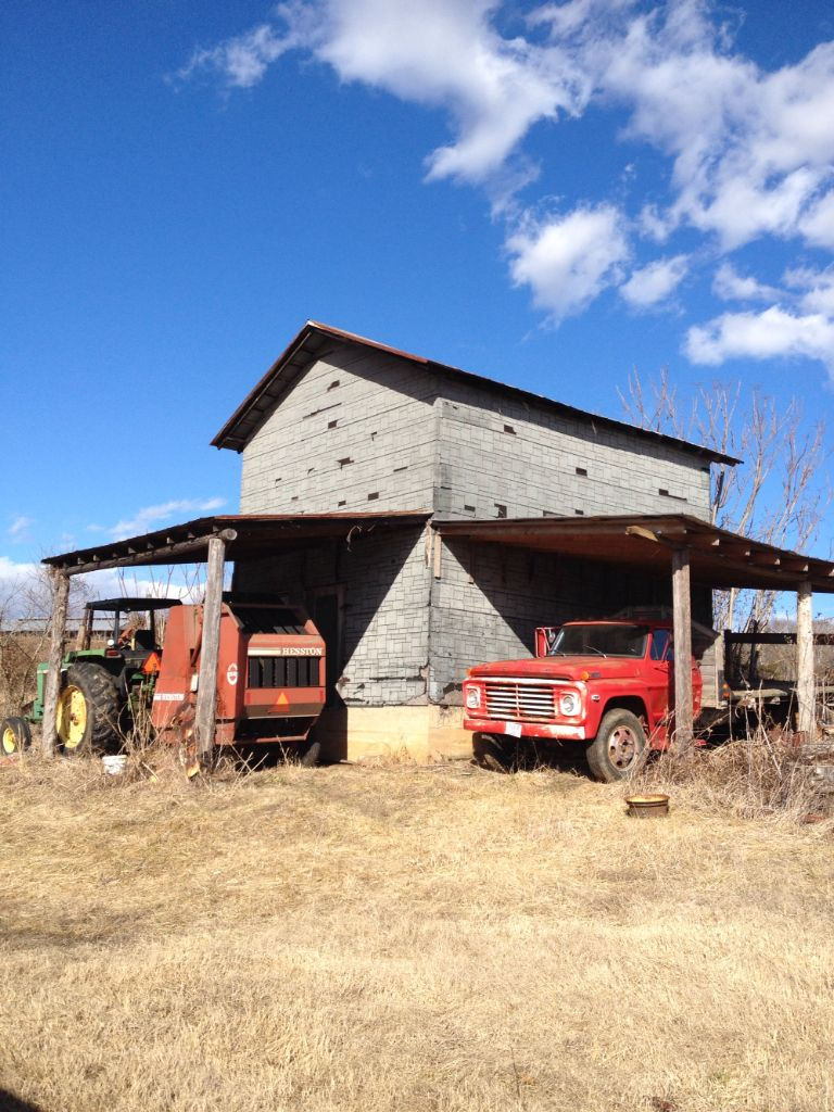 Tobacco Pack House (aka Pit) on Jack's Mountain Road ...