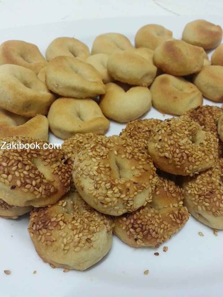 طريقة عمل كعك هش وخفيف رووووعة زاكي Cookie Bar Recipes Food Middle East Recipes