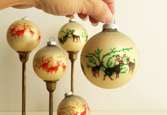 Vintage Glass Reindeer Ornaments Set Of 5 By Currentclassic Ornament Set Reindeer Ornaments Glass Christmas Ornaments