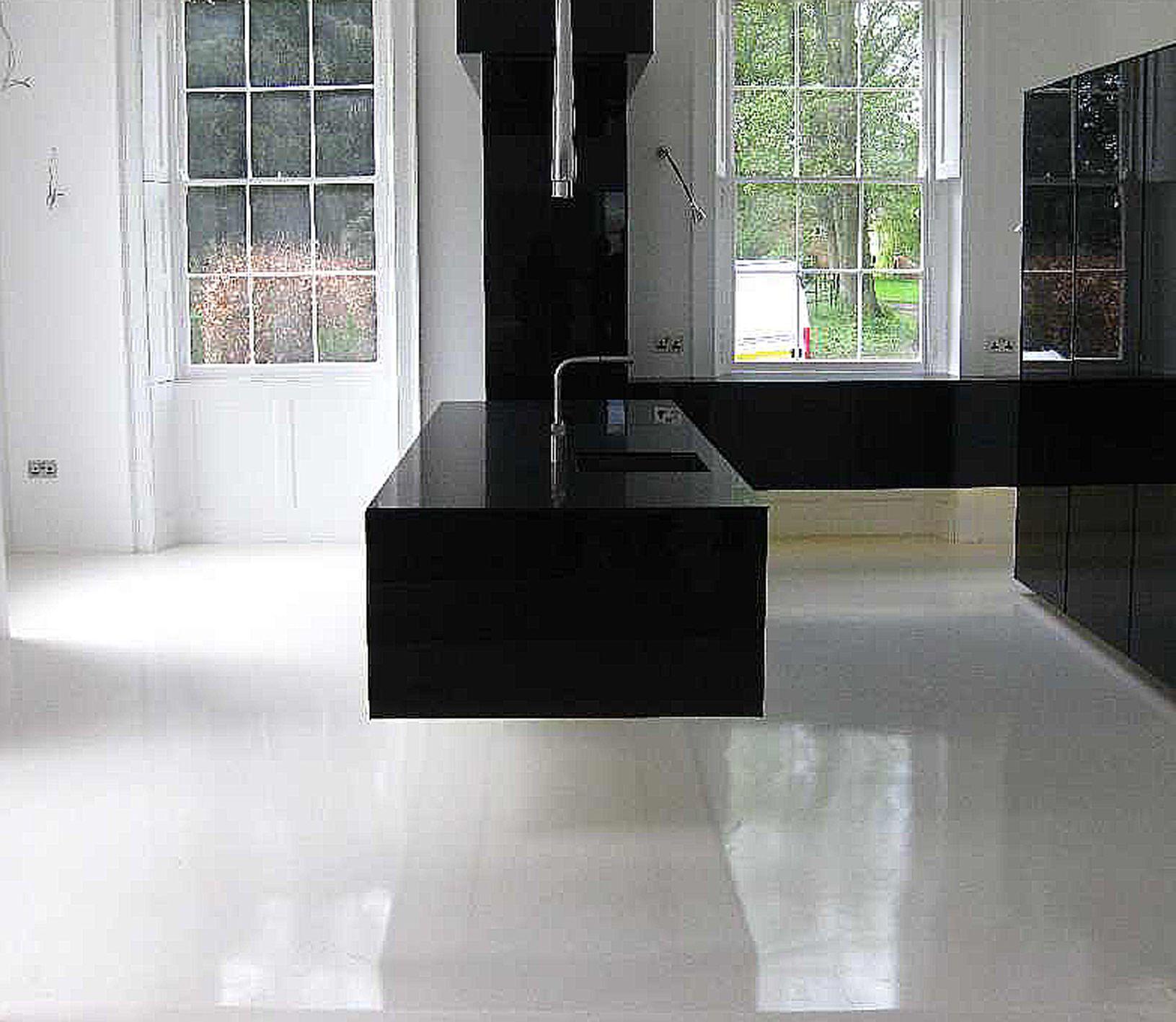 Black Gloss Kitchen Floor Tiles: Ultra Modern Gloss Black Floating Cantilevered Kitchen