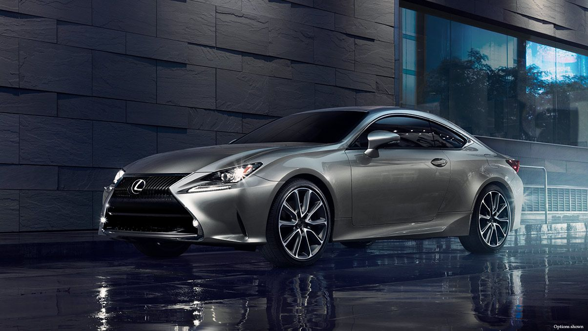 Exterior shot of the 2018 Lexus RC 350 shown in Atomic