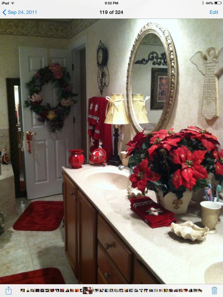 at home christmas bathroom decor