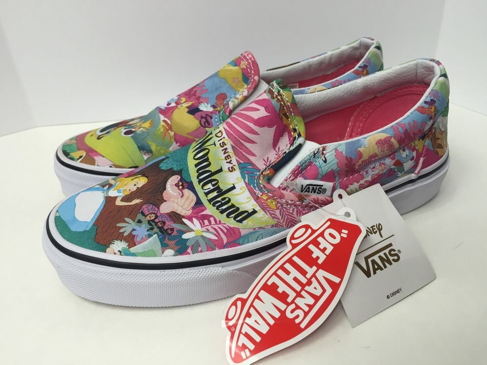 c81cf52ab7 Vans x Disney Classic Slip on Alice in Wonderland Pink Women s Size 5 5