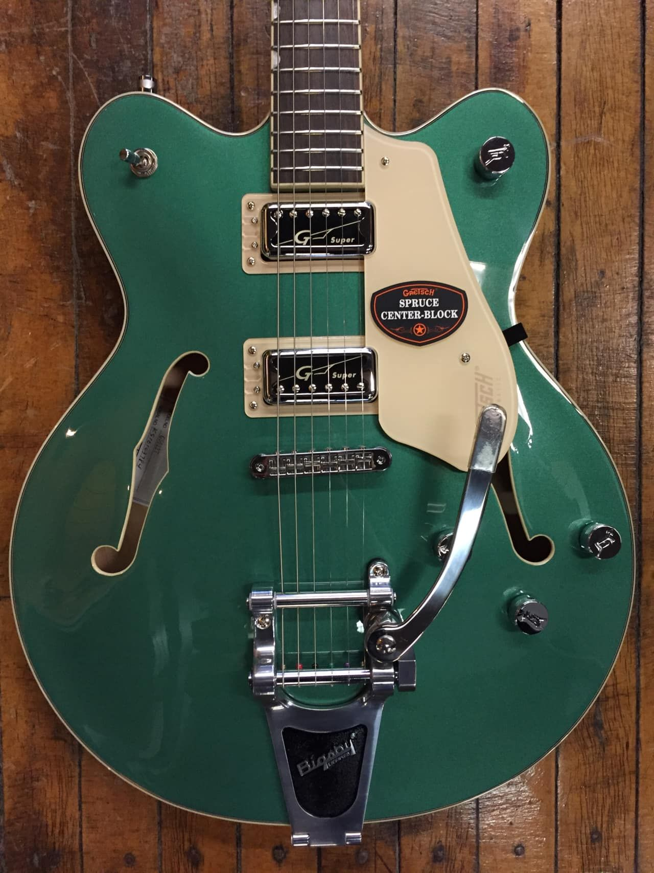gretsch g5622t electromatic center block double cutaway semi hollow with bigsby em 2019. Black Bedroom Furniture Sets. Home Design Ideas