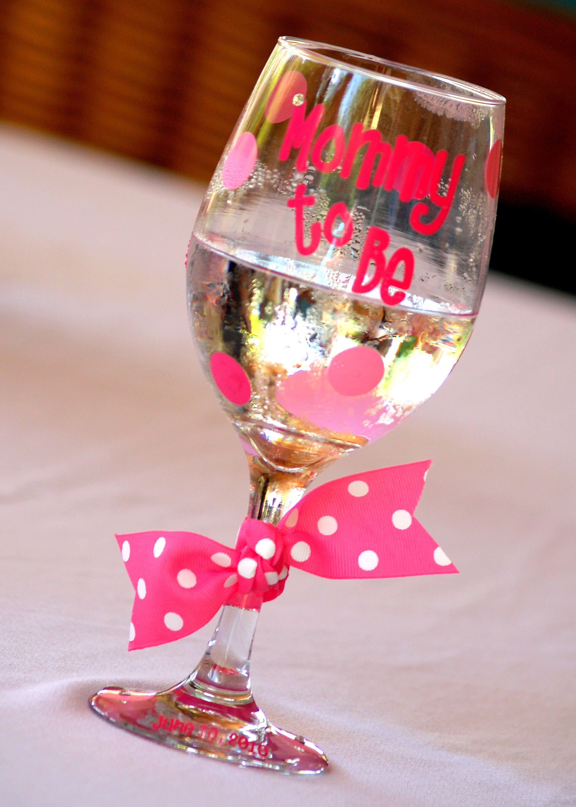 Mommy to be glass made the mom fee extra special babyshower