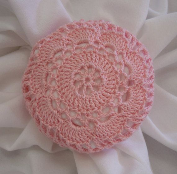 beautiful crochet bun cover by Mary Hershberger- mydesertdeals-etsy ...