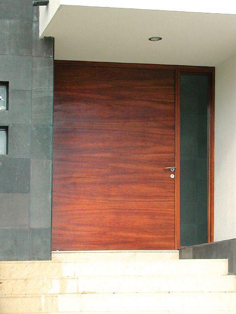 Puerta principal de tambor de tzalam casa pinterest for Puerta principal madera moderna