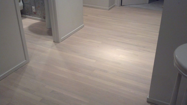 Pickled Floors Pictures Google Search White Oak Floors Floor Colors Oak Floors