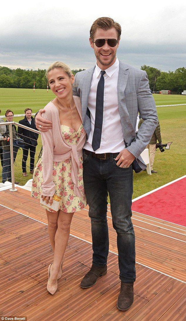 Liam Hemsworth datation histoire Zimbio Dallas Dating coach