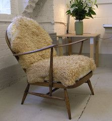 Ercol, le fauteuil de Grand-dad revu par Jude Dennis,   Grand-dad chair, revisited by Jude Dennis