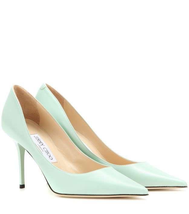136a23ce24ea9 Zapatos pastel invierno 2016  fotos de los modelos - Jimmy Choo salones  verde pastel