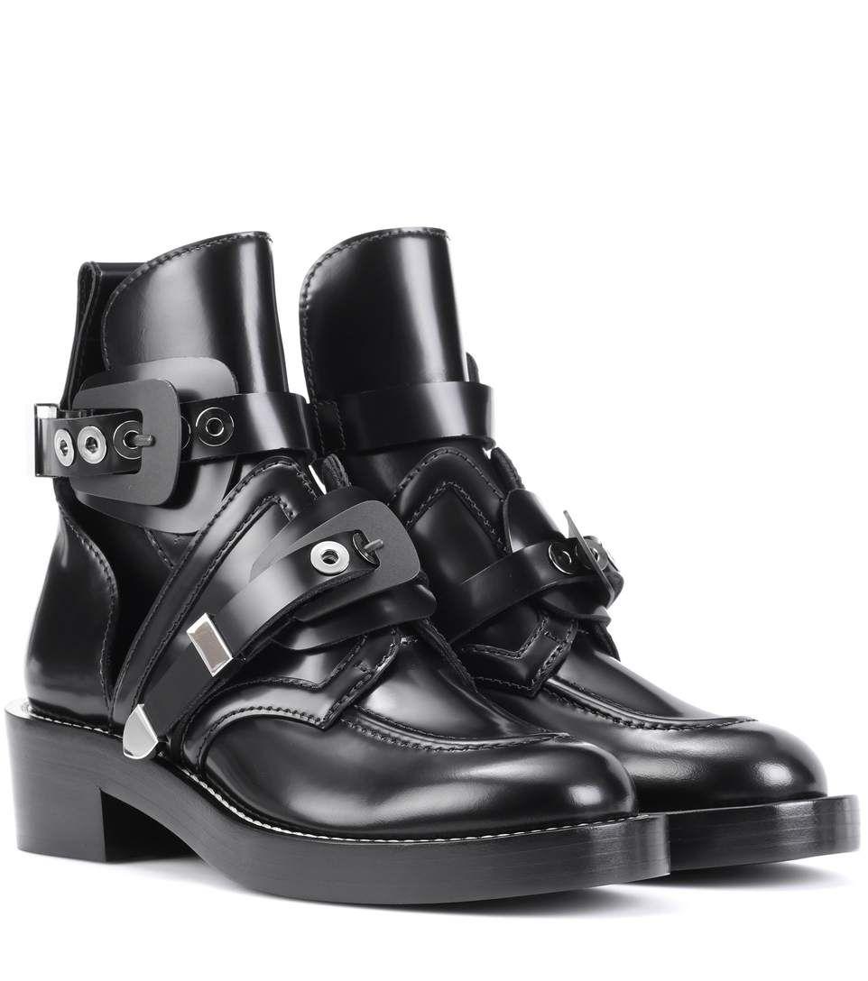 Pin on Shoes / Women