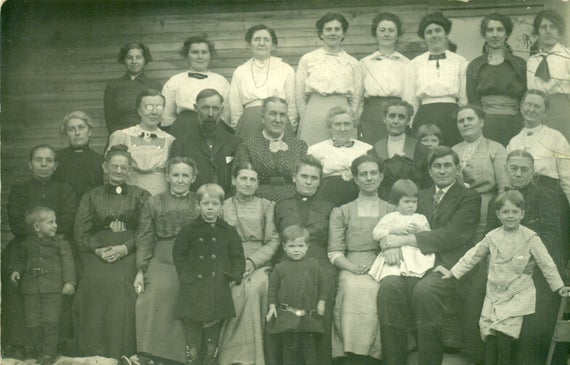 Epp Family Circa 1913 Framed 8 by 10 Family Photograph