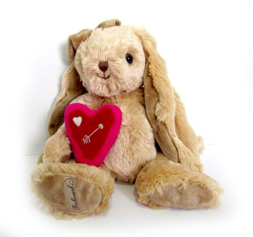 Cornelia is a 40cm long cute and charismatic bunny. (Comes with a handmade felted heart.)   #Bukowski #teddy #teddybear #toy #gift #feltheart #heart #bunny