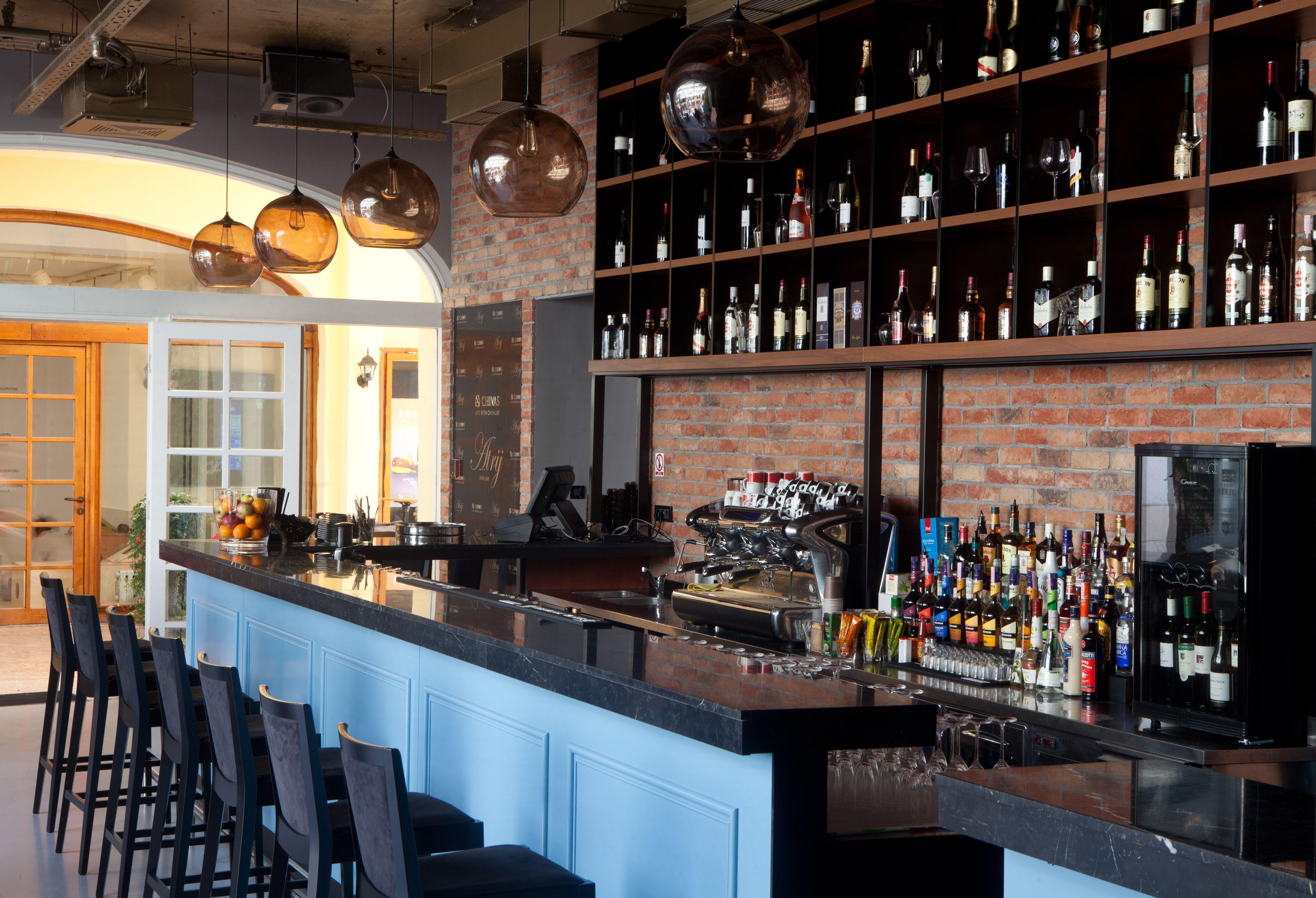 Colour 23 Romance Prsence Bar ZAGREB HR