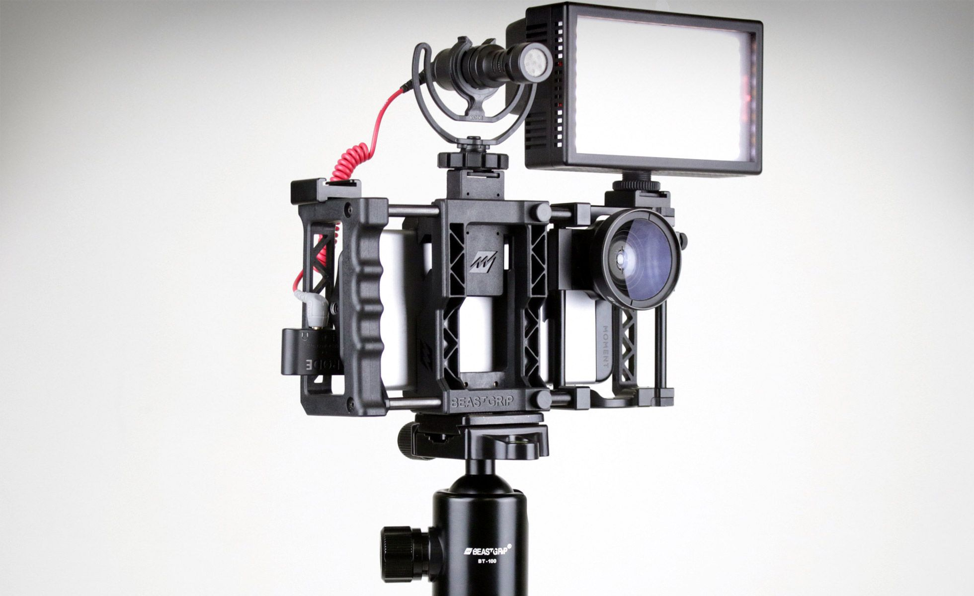 Beastgrip Pro (With images) | Smartphone photography. Camera rig. Iphone camera