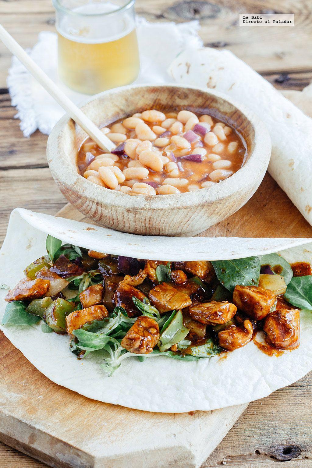 Burritos de pollo a la BBQ y piña. Receta con fotografías de cómo hacerla y recomendaciones de cómo servirlas. Recetas de platillos populares mexicanos