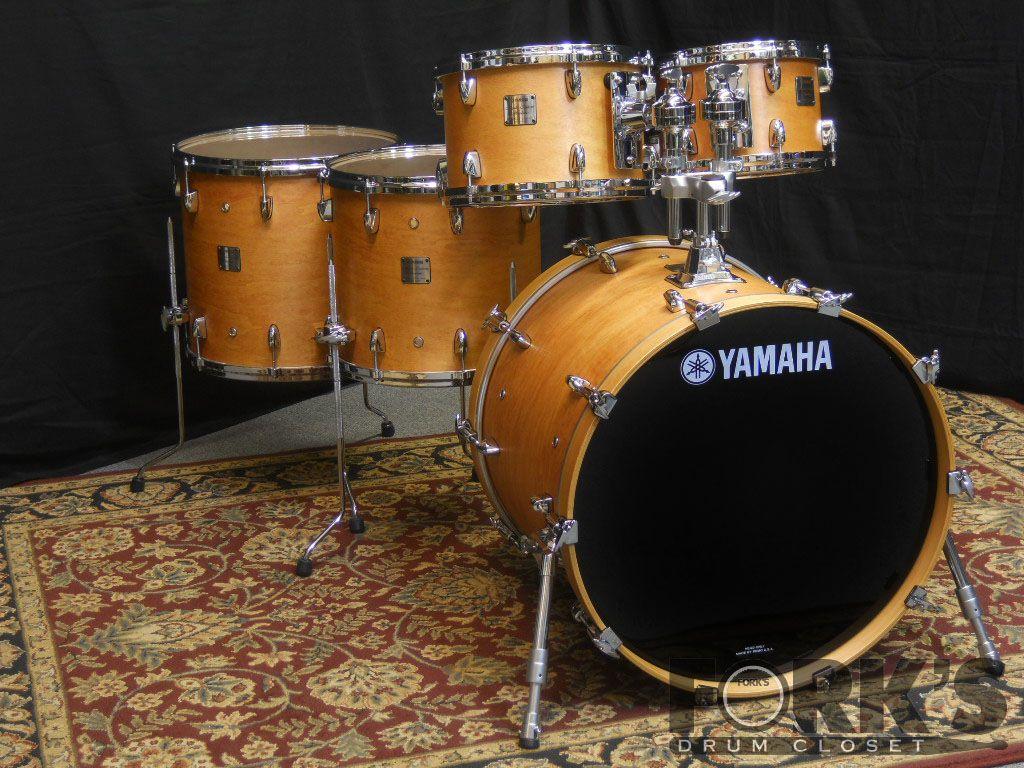 yamaha maple custom absolute backline pinterest drums drummers and drum sets. Black Bedroom Furniture Sets. Home Design Ideas