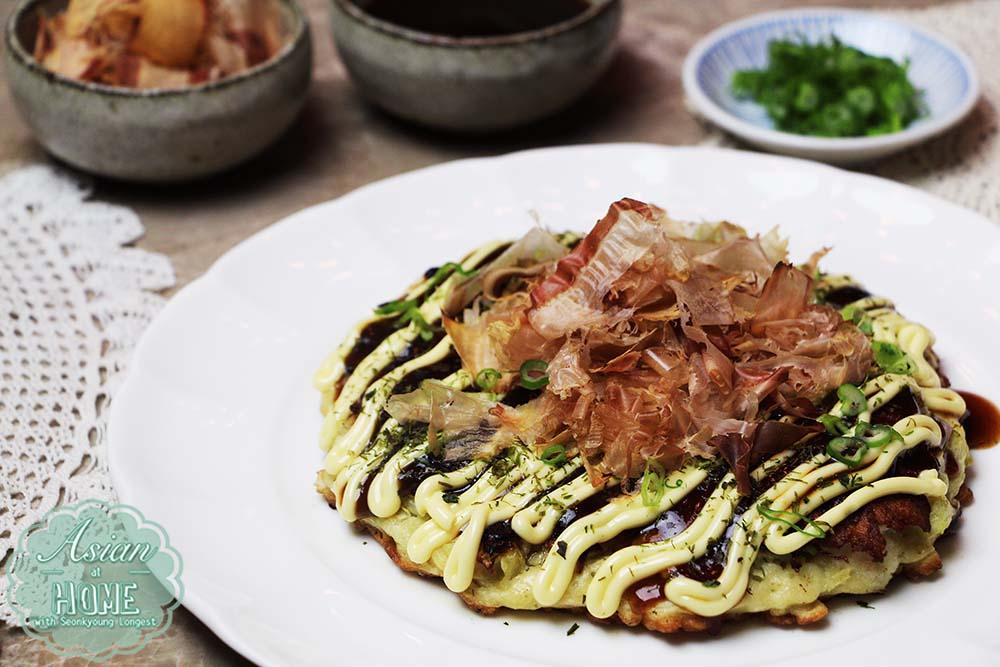 Photo of Okonomiyaki Recipe: How to Make Okonomiyaki-Seonkyoung Longest