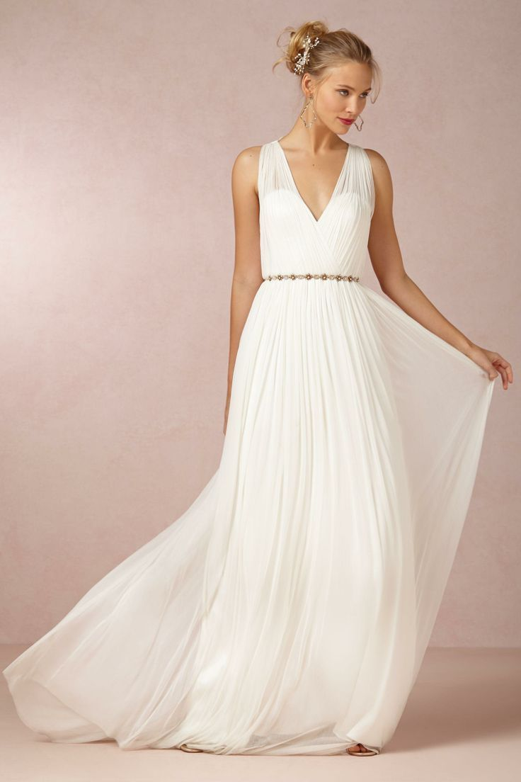 17 Seriously Cool Super Affordable Wedding Dresses Long White