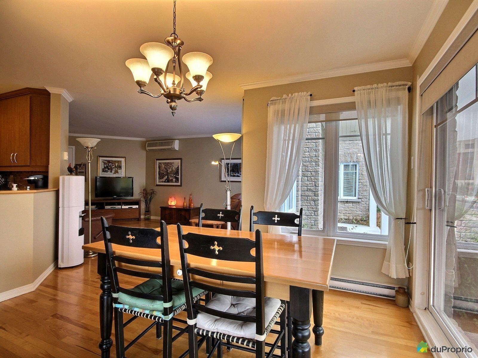 Hall d 39 entr e ferm vaste salon ouvert sur salle manger cuisine et verri re cuisine pratique - Salon ouvert sur salle a manger ...