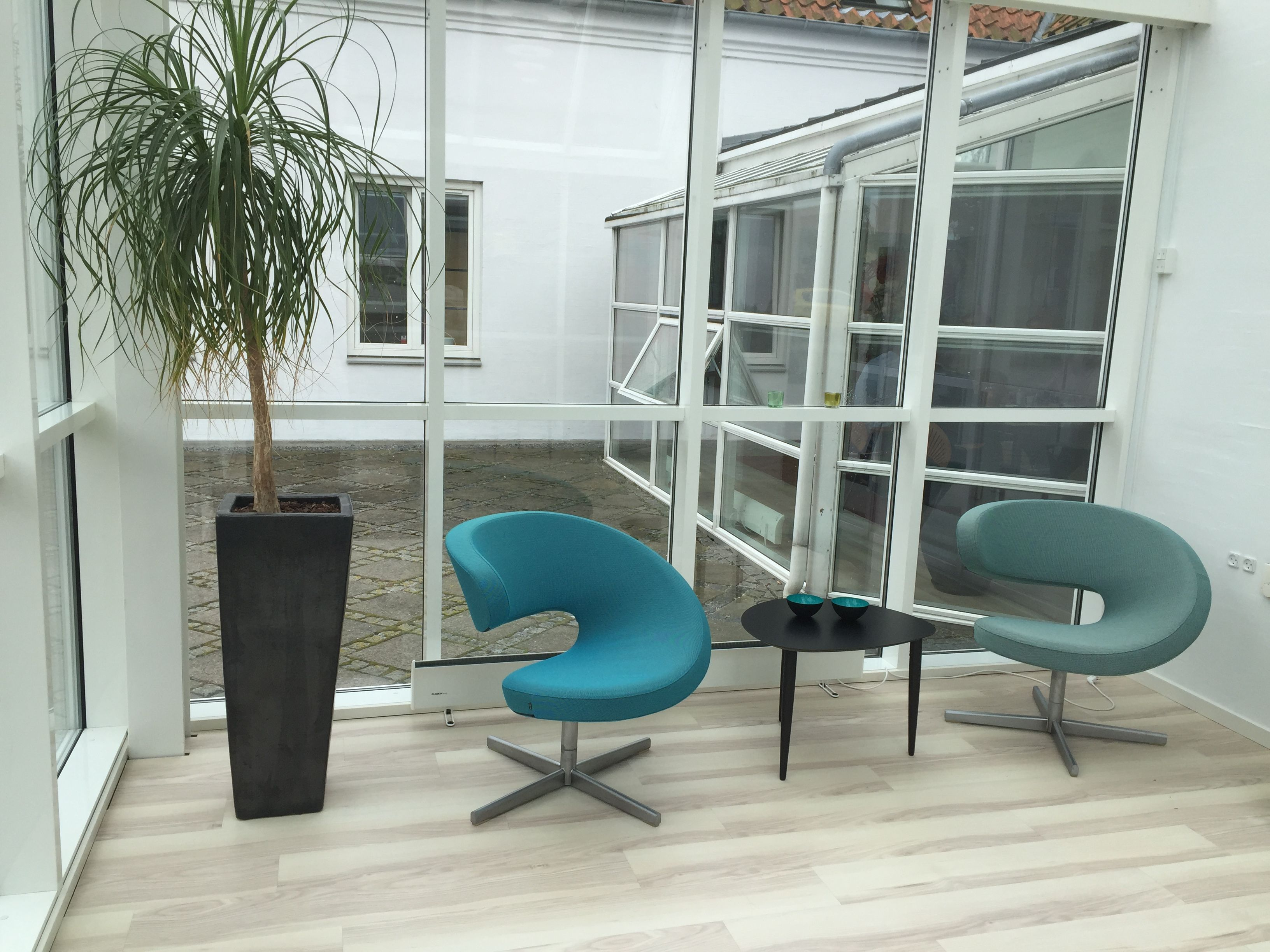 Foyer hos Advokatfirmaet Dreist K¸ge Peel Club loungestol fra