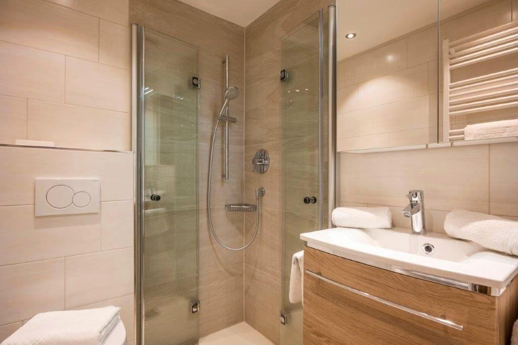 Bathroom Furniture Northern Ireland Di 2020