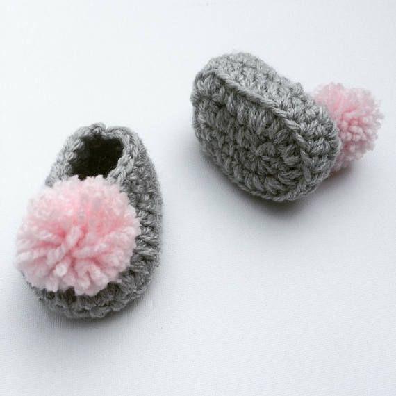 Zapatos de chica de bebé zapatos de bebé ganchillo gris   bienvenida ...