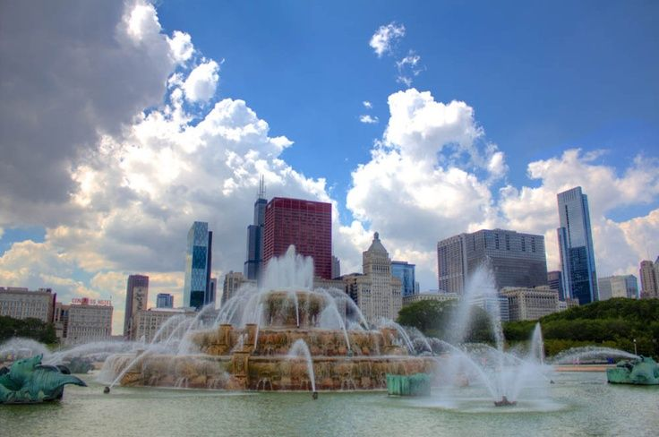 Buckingham Fountain Chicago Illinois Photo