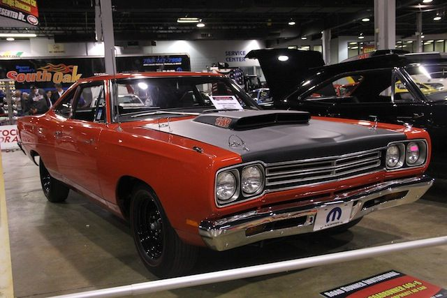 mcacn-2013-chicago-plymouth-road-runner-1969-a12