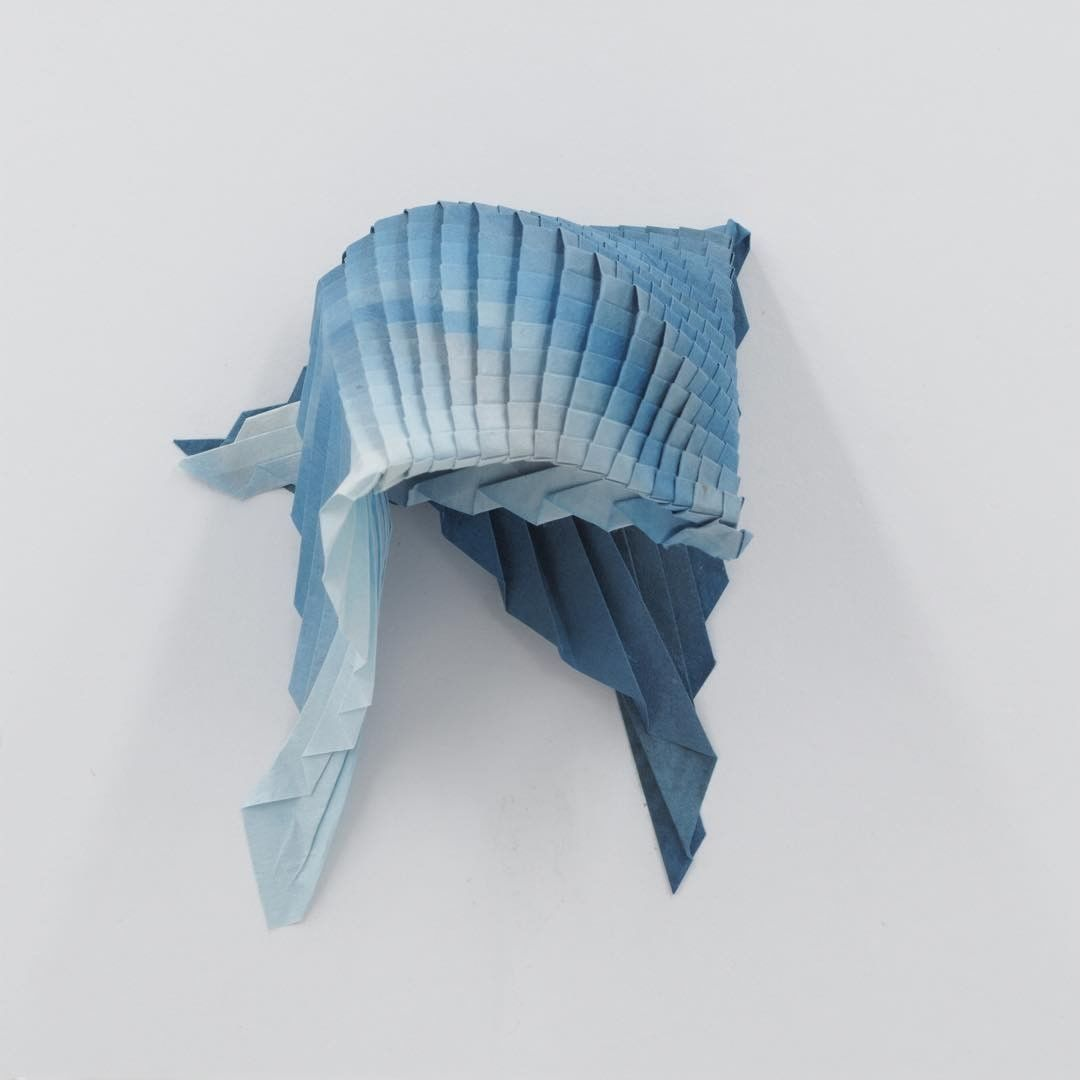 Artist folds beautifully intricate origami tessellations artist folds beautifully intricate origami tessellations reminiscent of sea creatures jeuxipadfo Images