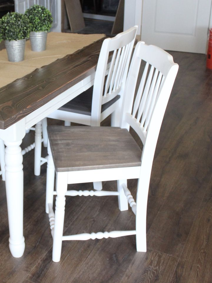 HOW I REFINISHED MY KITCHEN CHAIRS - Crystel Montenegro at Home