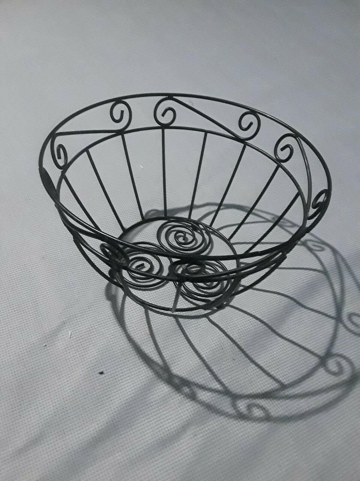 Vintage Metal Fruit Bowl Homedecor Decorative Plates Bowls