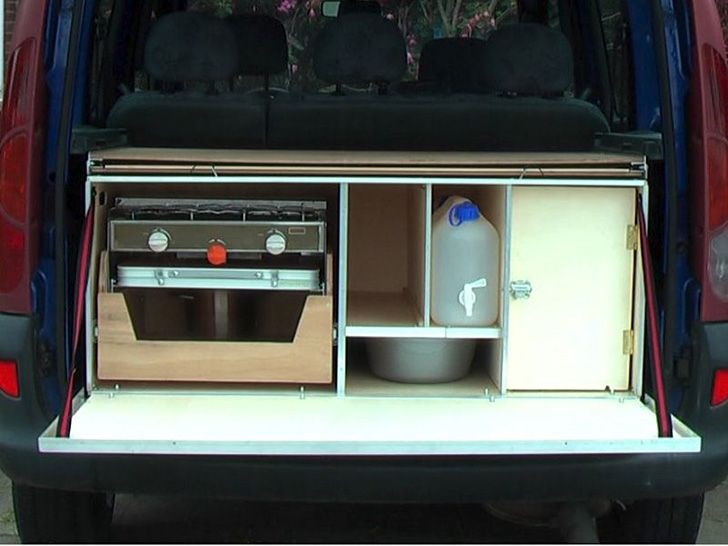 5 ingenious european camper in a box designs vans for Camper van kitchen units