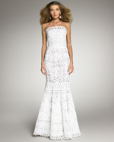 Women\'s White Battenberg Lace Gown   Oscar de la Renta