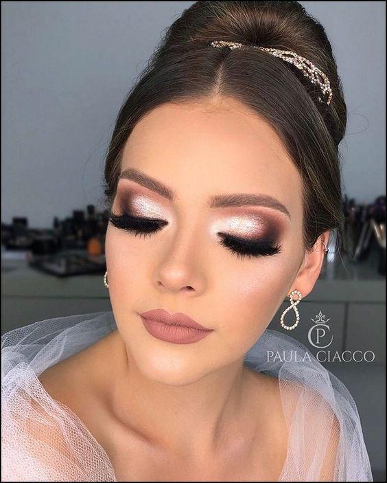 10 Ideas De Maquillaje Para Graduacion Perfectas Para Morenas Maquillaje De Dia Novia Maquillaje De Novia Noche Maquillaje De Ojos Fiesta